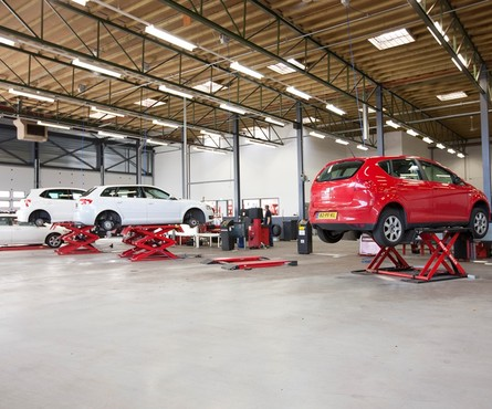 Auto Garage Almere : Apk almere profile car tyreservice
